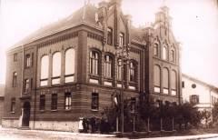 Rotes Schulhaus - altes Bild